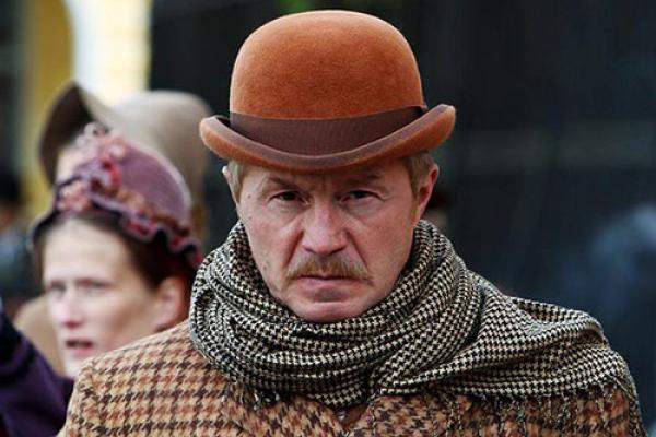 "Andrey Panin in the film ""Sherlock Holmes"""