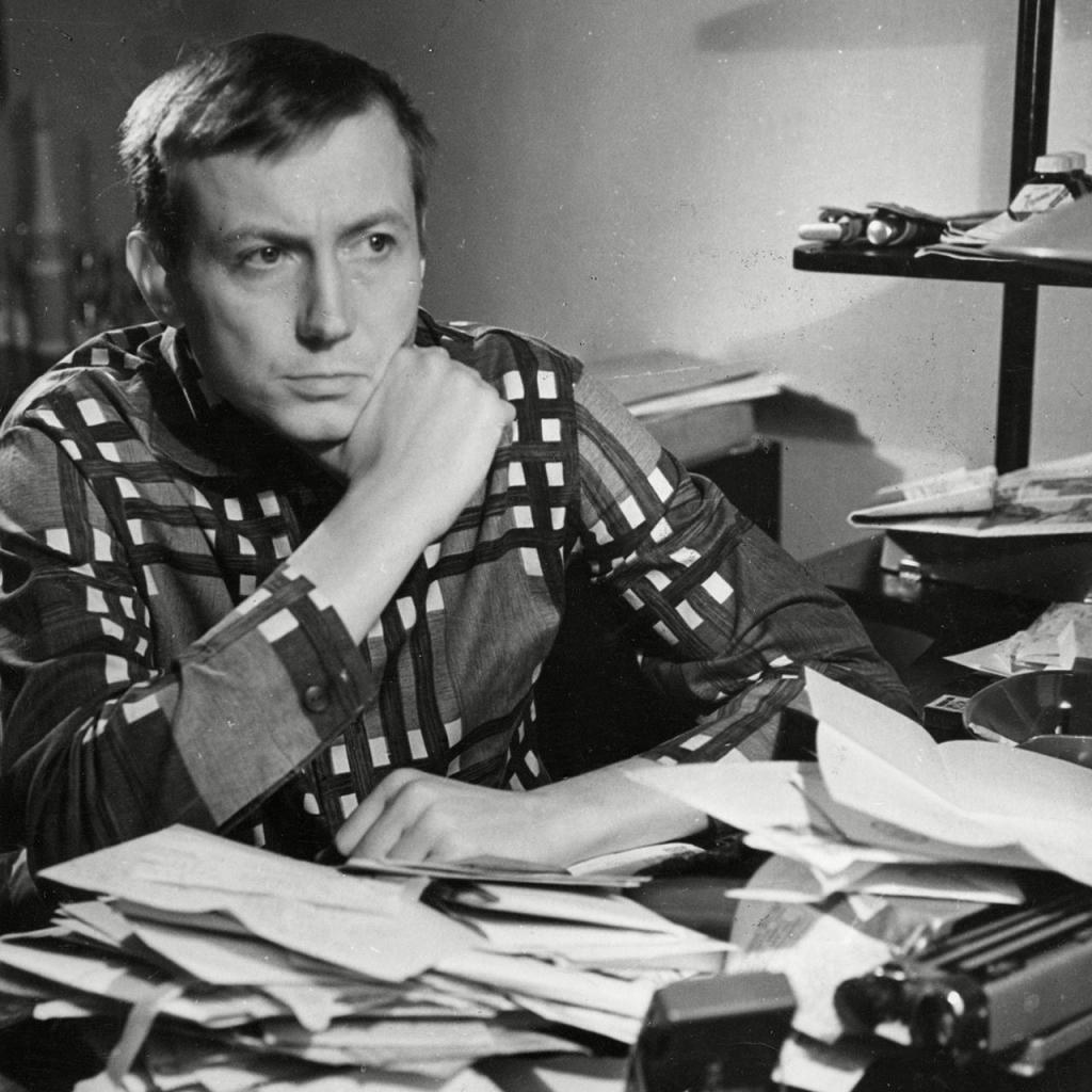 Евгений Евтушенко: биография, творчество и интересные факты из жизни поэта