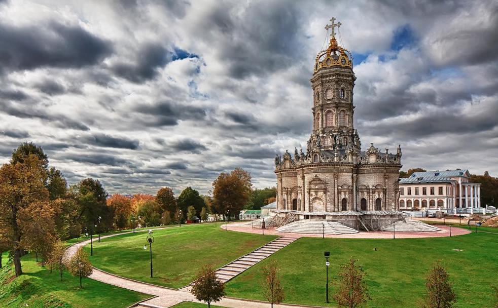 Znamenskaya church