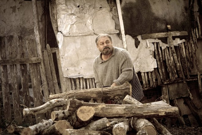 "Vladimir Ilyin on the set of the film ""Kalachi"""