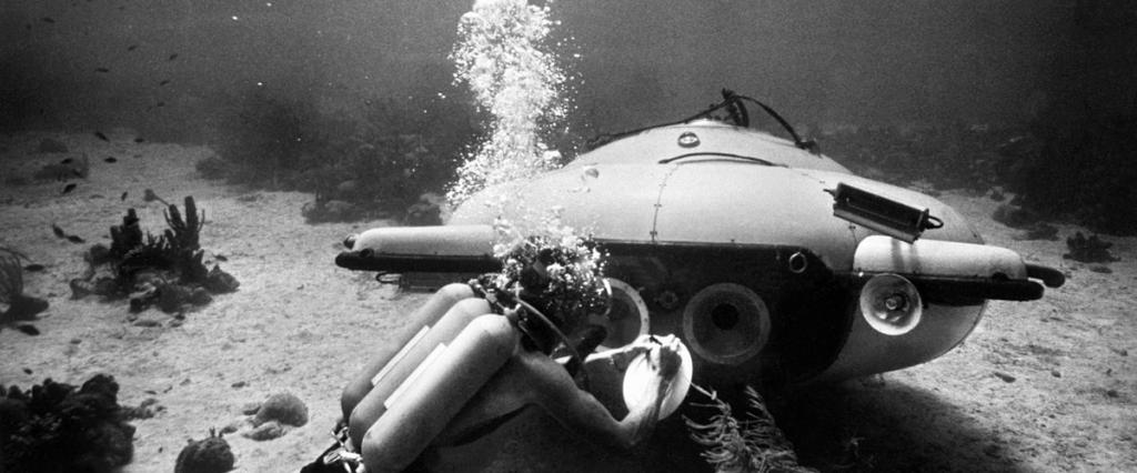 Bathyscaphe and scuba diver