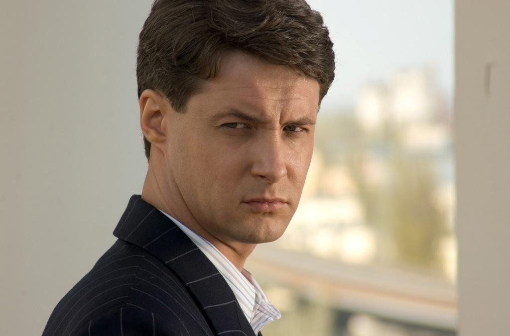 Александр Макогон актер