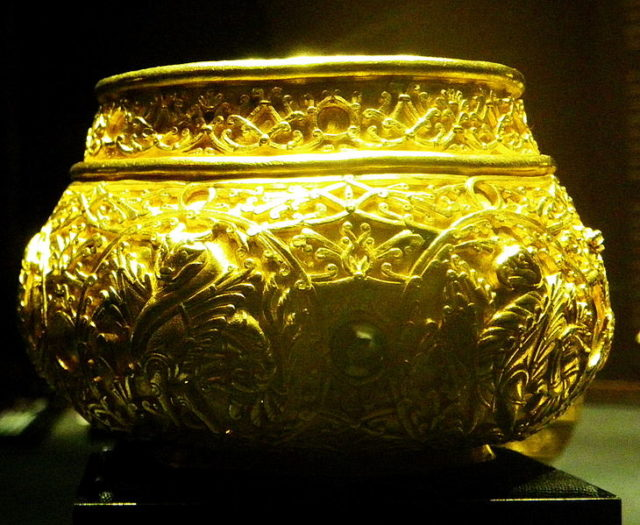 Golden bowl of avars