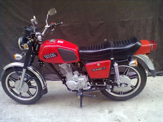 New motorcycle IL Planet-7