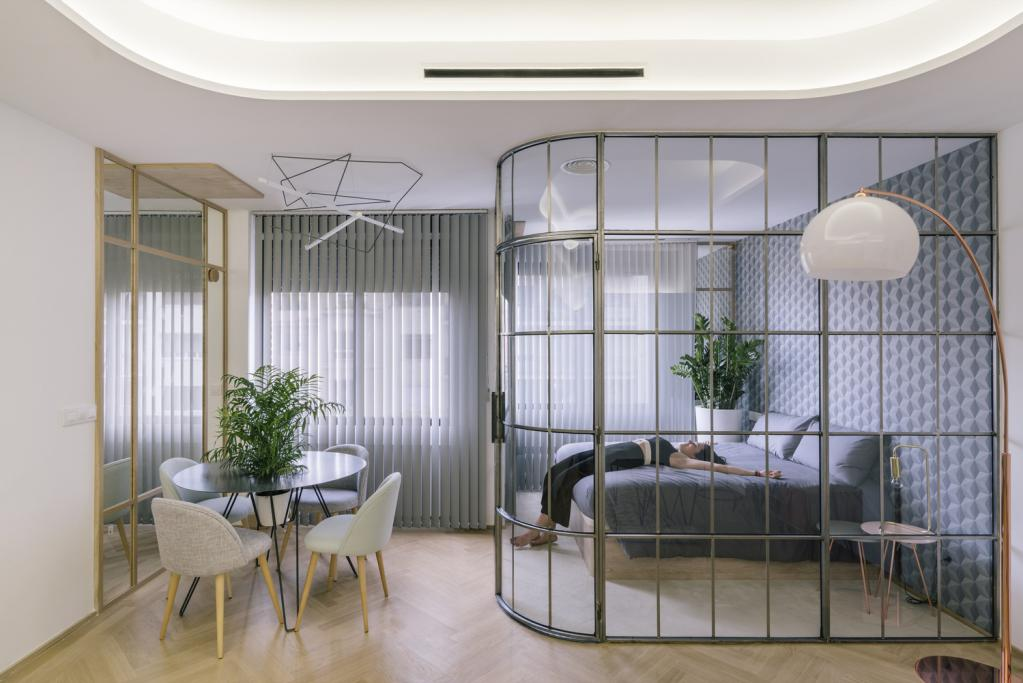 Original fence for the separation of bedrooms in the studio apartment