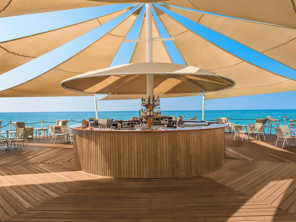 calista luxury resort room description