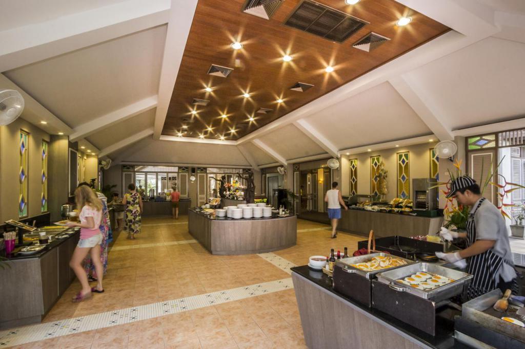 Amora Beach Resort Meals