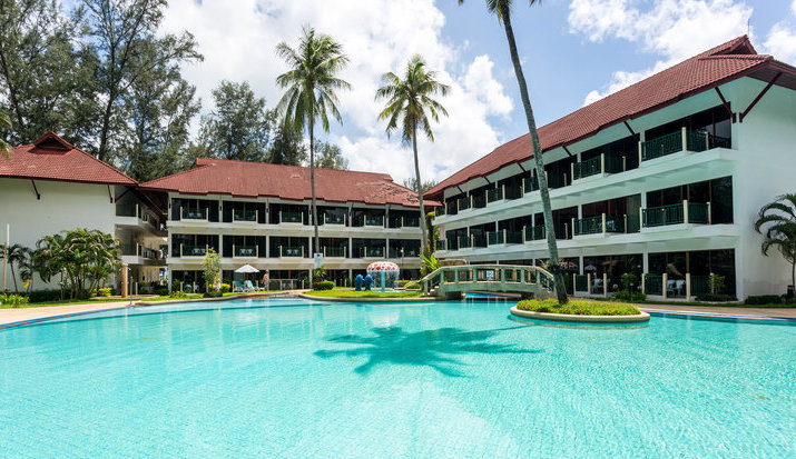 Amora Beach Resort Pool