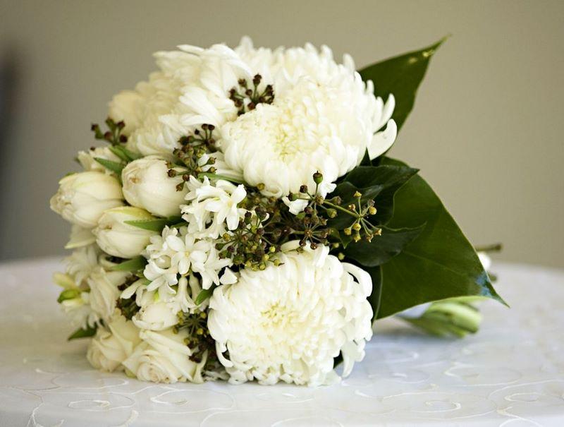 Что означает белая хризантема на языке цветов?