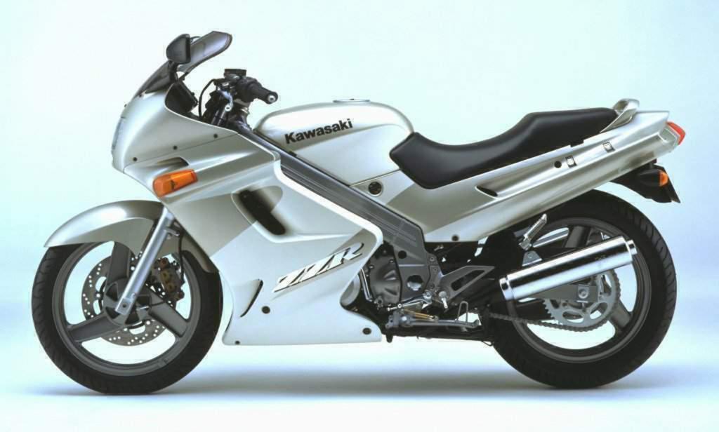 Kawasaki ZZR 250 2000 release