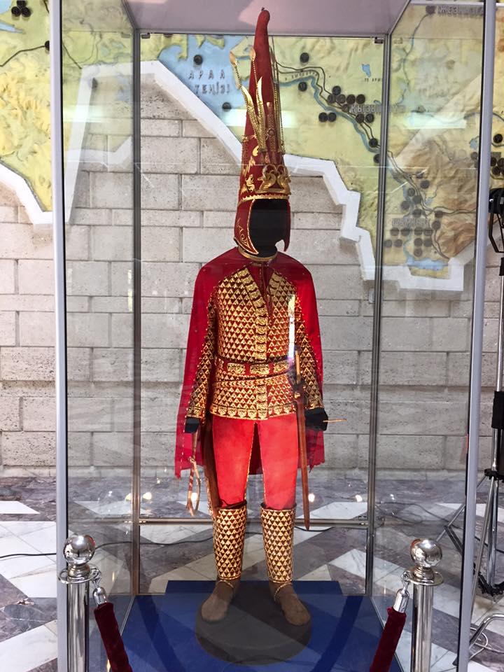 Золотой человек картинки казахстан, овен надписями доброго