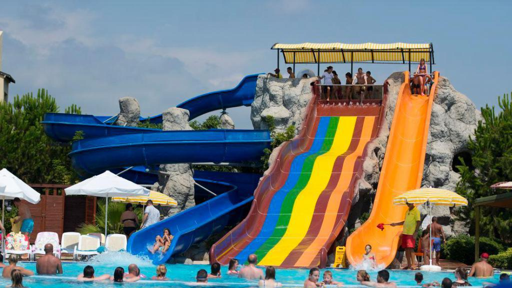 water park hotel