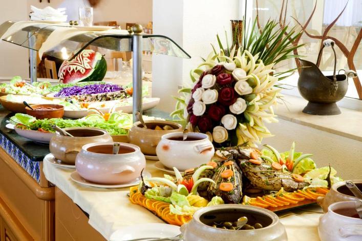 Meals at the El Mouradi Cap Mahdia Hotel