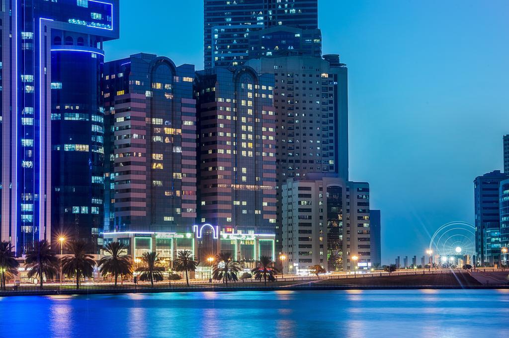 Golden Tulip Sharjah 4 * in Sharjah