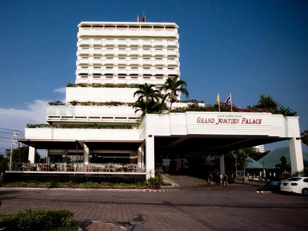 Отель https://en.malaysia29.com/project/Grand-Jomtien-Palace