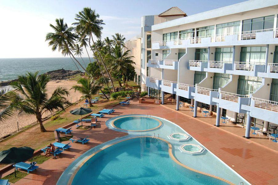 Pool Hotel Induruwa Beach Resort 3 *