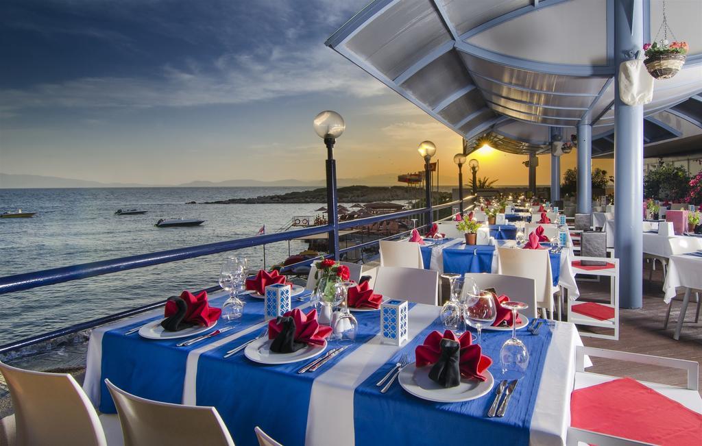 Restaurant's open terrace