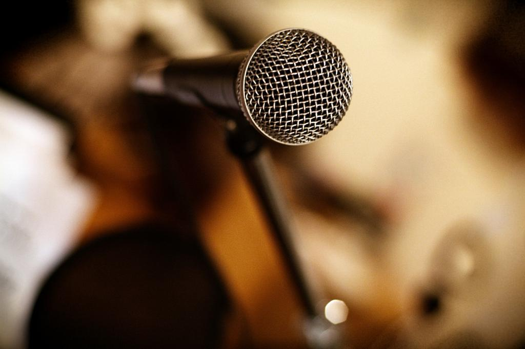 Microphone - the main weapon of demagogue