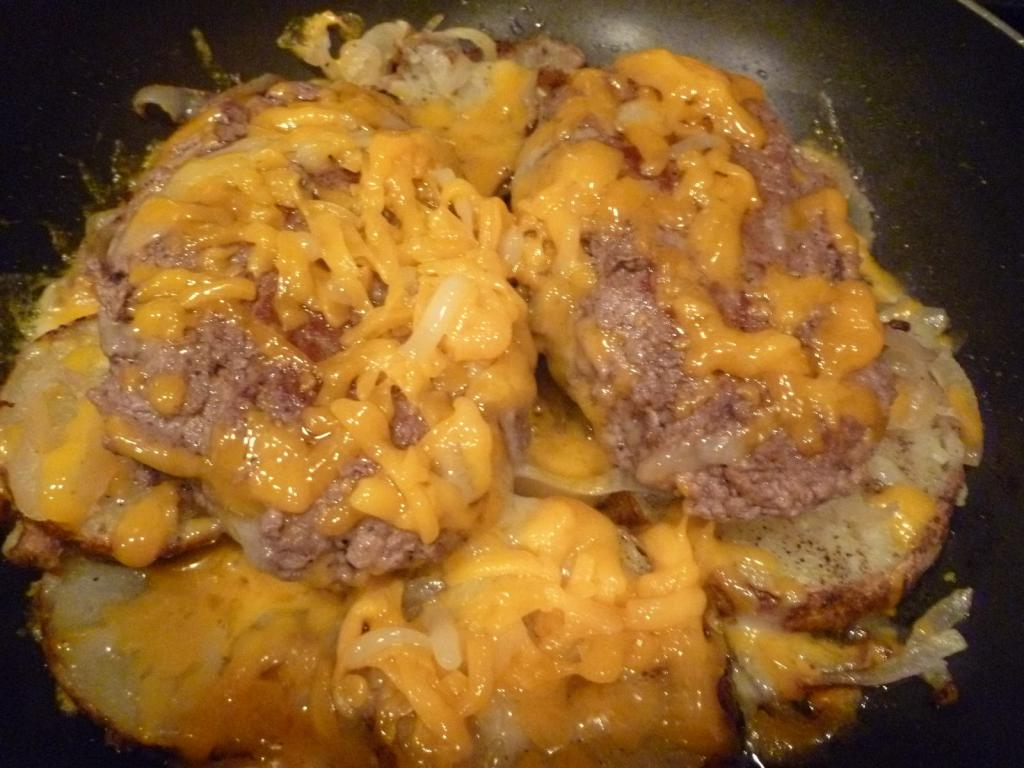 potato with meat and cheese
