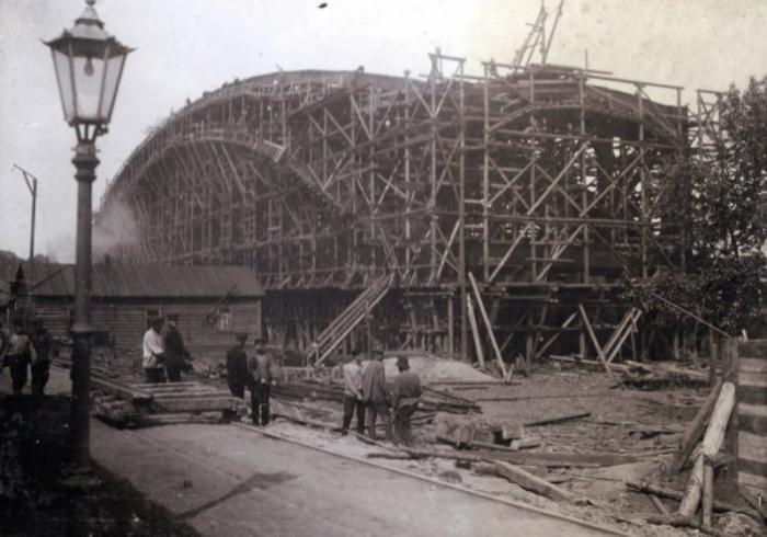 The beginning of the construction of the bridge