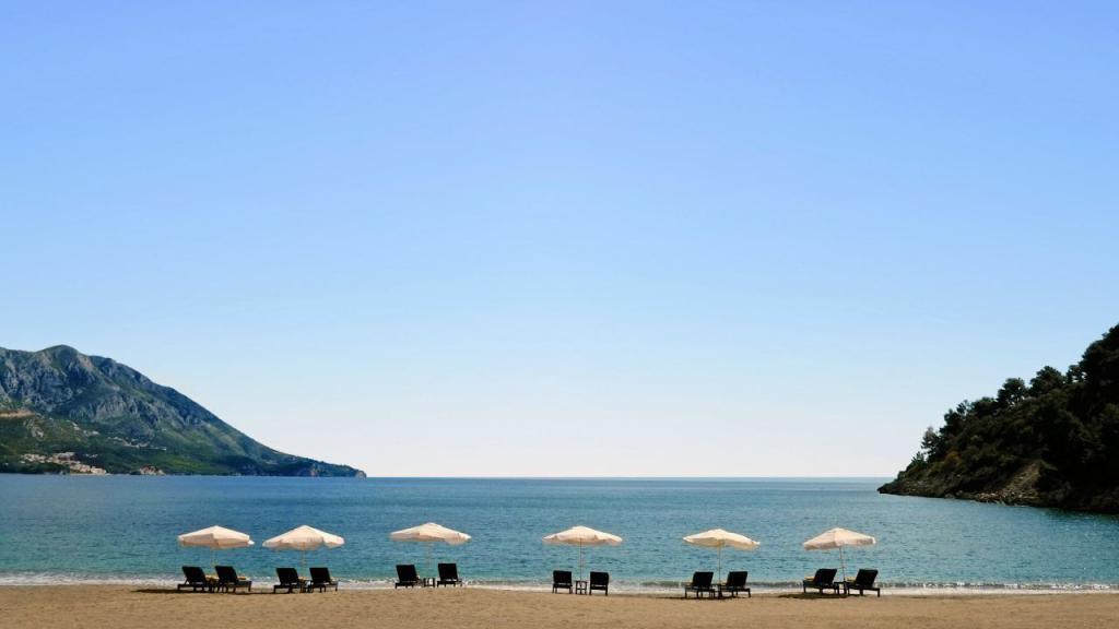 beach in Becici