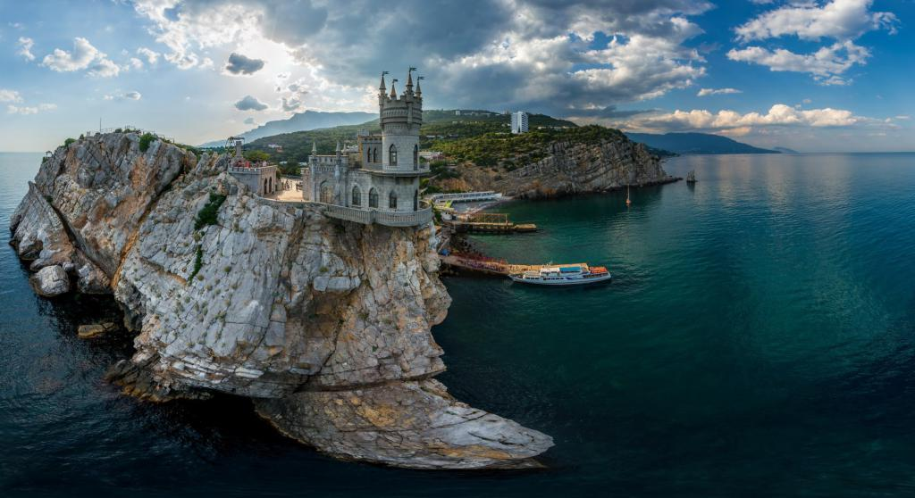 Swallow's Nest Crimea