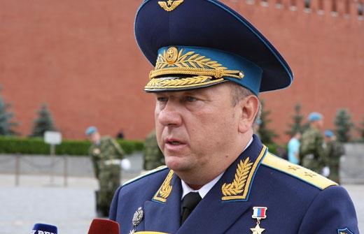 General Shamanov near the Kremlin