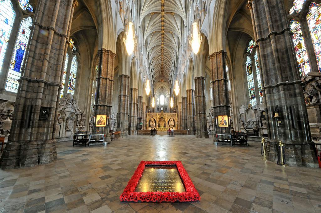 Могила Неизвестного воина в Вестминстерском аббатстве