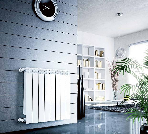 Side-mounted radiator