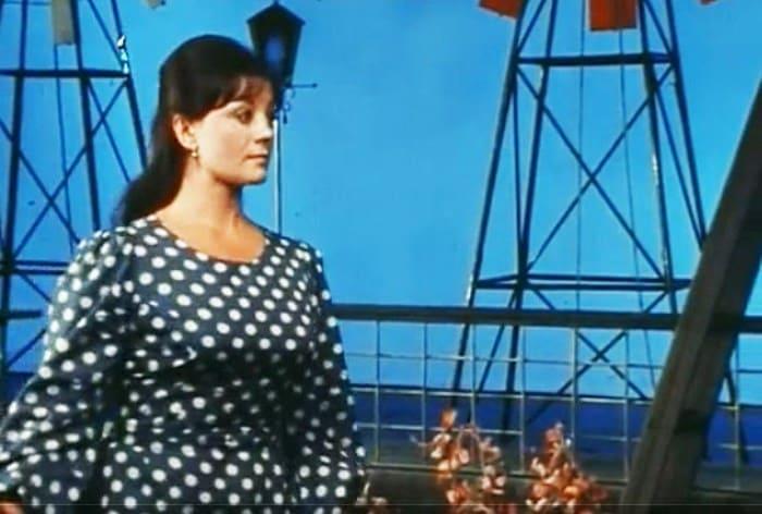 "Tatiana Egorova in the play ""Wake up and Sing"""
