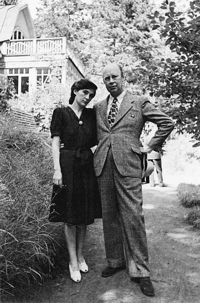 Prokofiev and Mira Mendelsohn