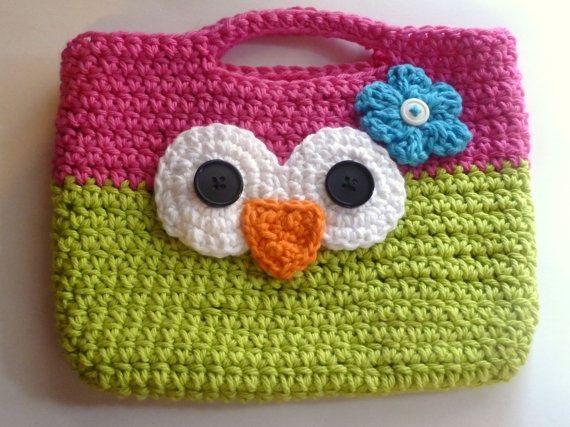 2628841 Маленькая сумочка крючком для девочки: необходимые материалы, мастер-класс вязания и последовательность работы || Вяжем детскую сумочку