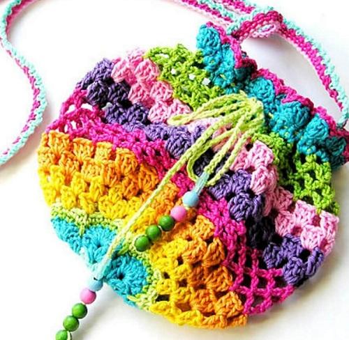 2628850 Маленькая сумочка крючком для девочки: необходимые материалы, мастер-класс вязания и последовательность работы || Вяжем детскую сумочку