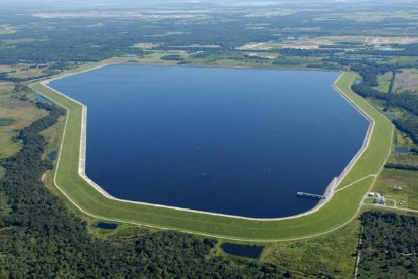 большое водохранилище
