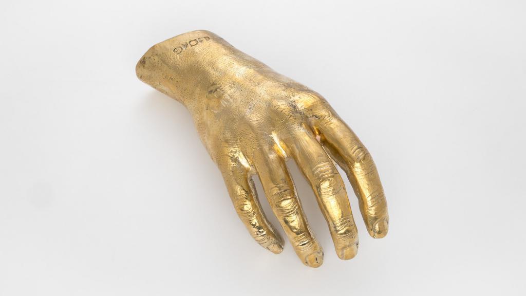 brass souvenirs