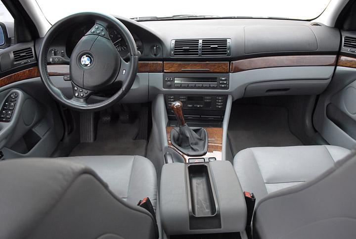 interior E39 touring