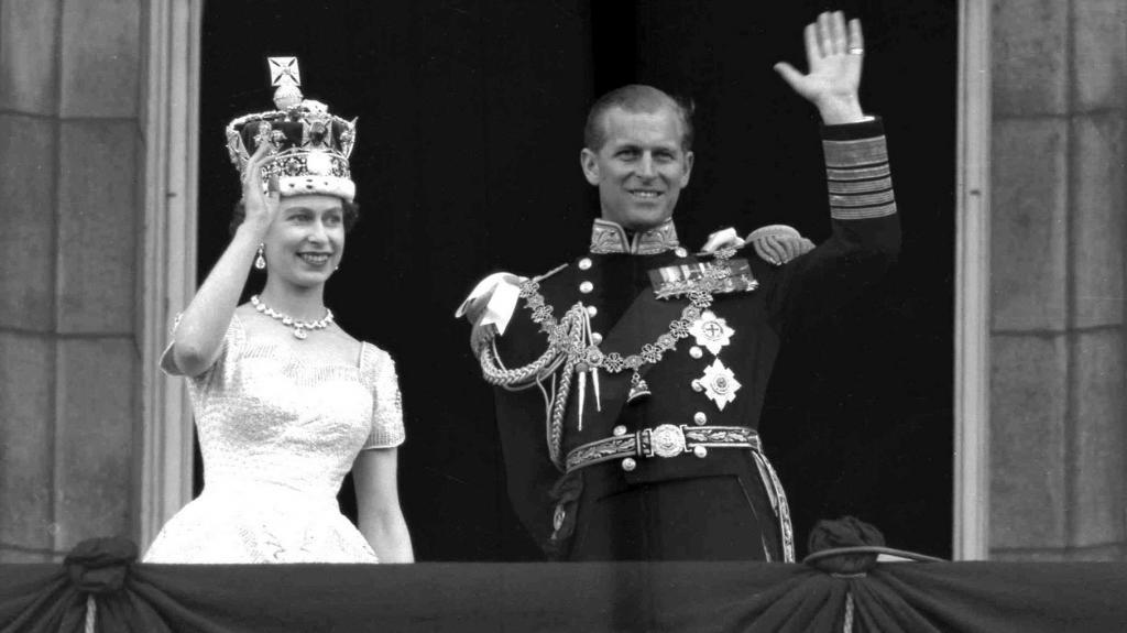 Елизавета и Филипп коронация