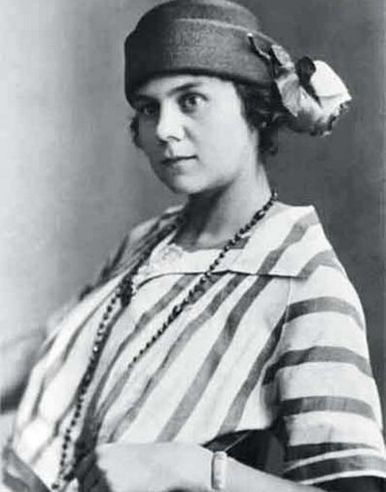Galina Benislavskaya: photo