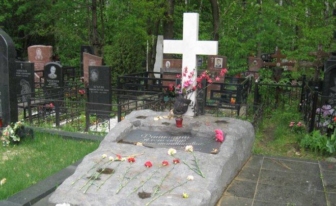 Grave of Alexander Fatyushin