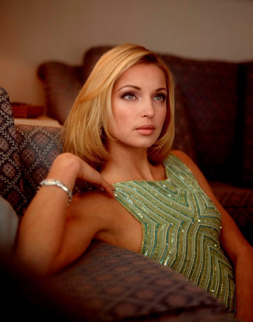 Volochkova with a bracelet
