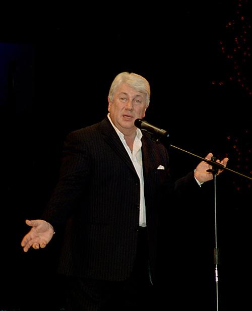 Владимир Винокур на сцене