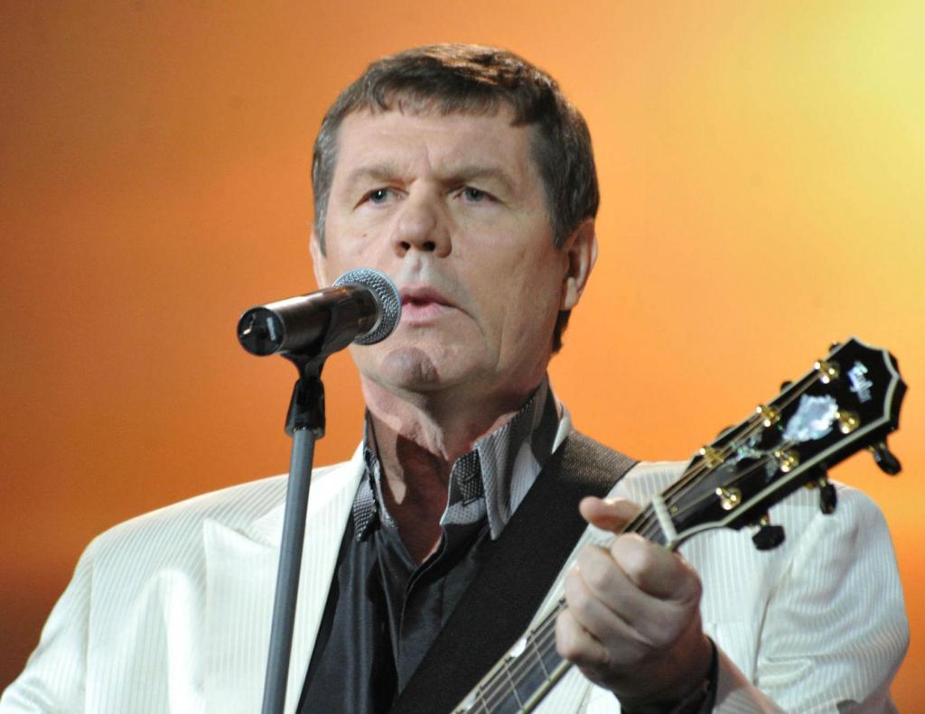 Singer Alexander Novikov