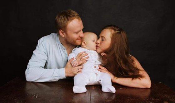 Анна Арефьева с мужем и сыном