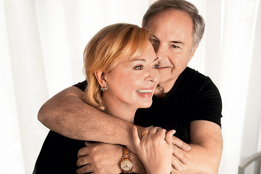 родион нахапетов с женой фото крайнем