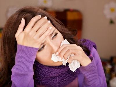 с чем связан неприятный запах изо рта