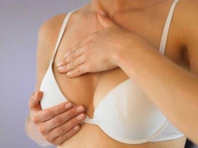 почему болят соски на груди