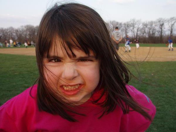 частое моргание глазами у детей
