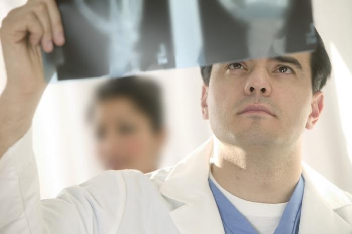 Наночастицы для доставки лекарств к микротрещинам костей
