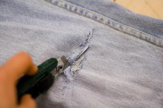how to make holes on jeans