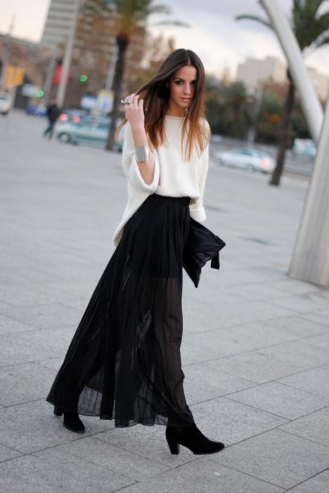 what to wear long skirt to the floor